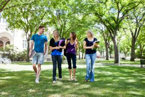 Using technology to improve college student retention.