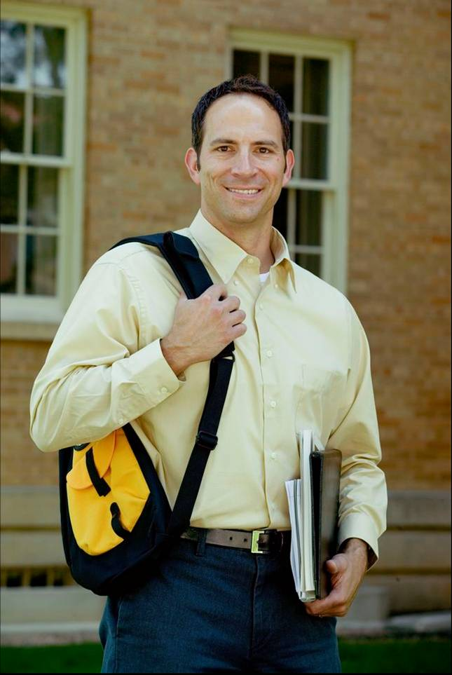 This image of an adult college student represents the increasing trend of more adults older than 25 enrolling in colleges and universities.